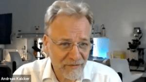 EL VIDEO DE ANDREAS KALCKER CON MÉDICOS ARGENTINOS