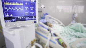 INGLATERRA: CIFRA OFICIAL  MUERTES DE VACUNADOS AS  30.305 PERSONAS
