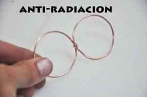 Infinitos de carbono antirradiación electromágnetica